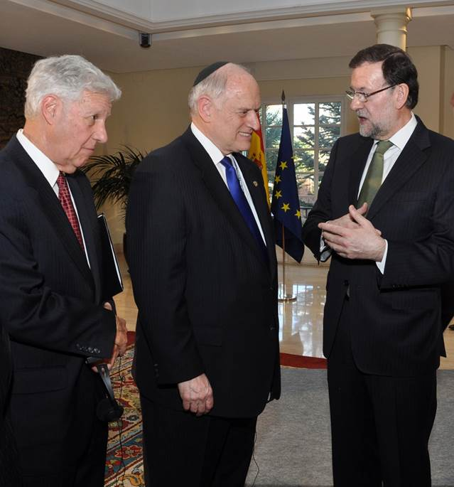 Photo credit:  Javier Schejtman.  Left-right: Robert Sugarman, Chairman, Conference of Presidents of Major American Jewish Organizations, Malcolm Hoenlein, Executive Vice Chairman/CEO, Conference of Presidents of Major American Jewish Organizations, and President Mariano Rajoy.